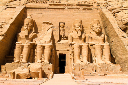 abu simbel rock temple