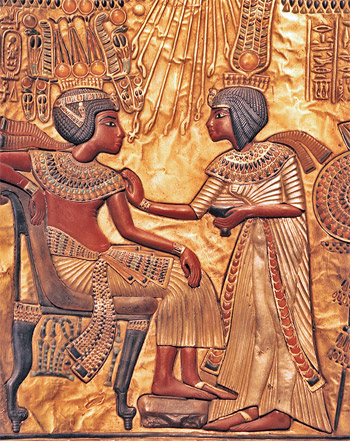 king-tut-throne-wife